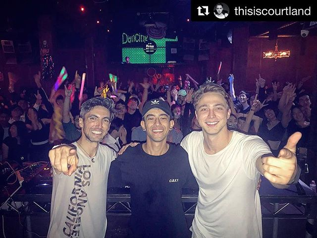 Had such an EPIC time DJing at @losglobos with my boyz @thisiscourtland  and @ziidansounds for the #JSA #Halloween #Party! Comment 🎃 if you #lovehalloween!
