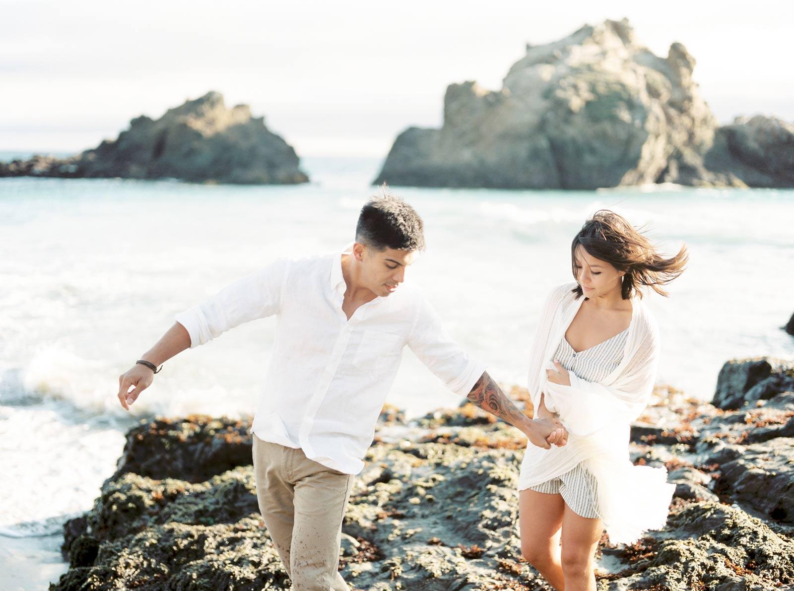 Big Sur Happy Couple Photos