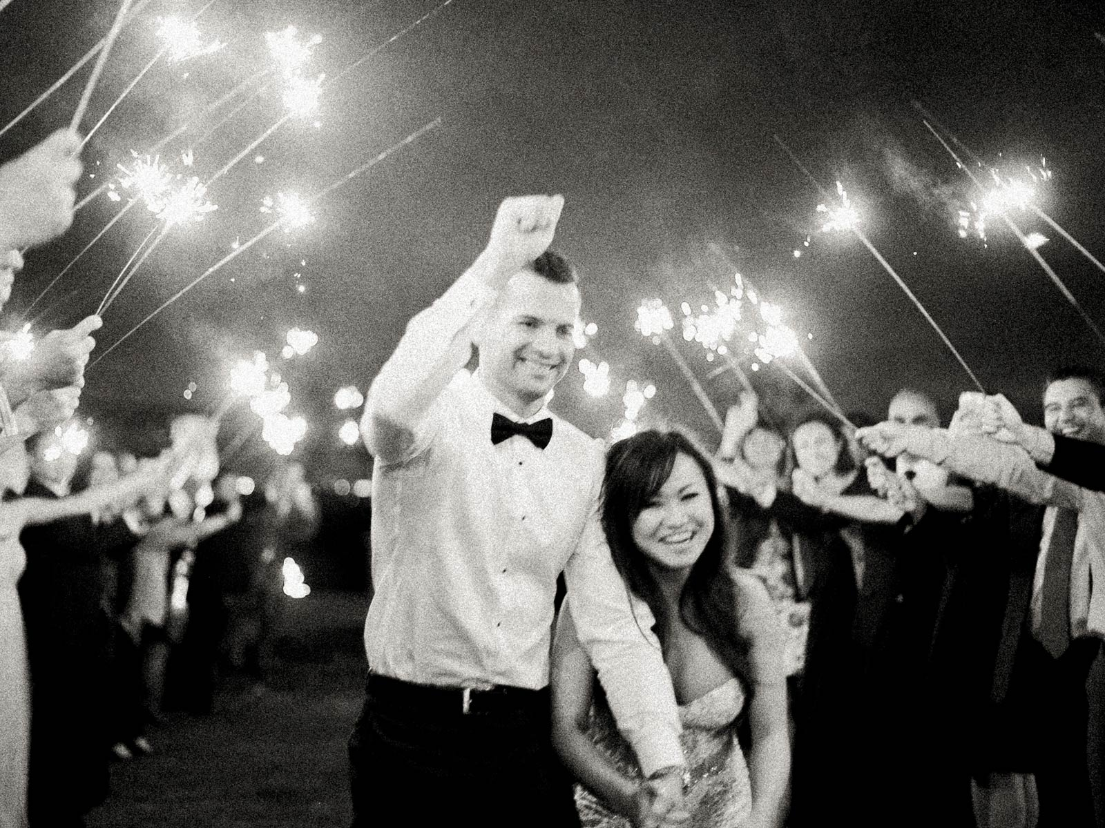 Wedding sparklers exit Boulder ridge golf course