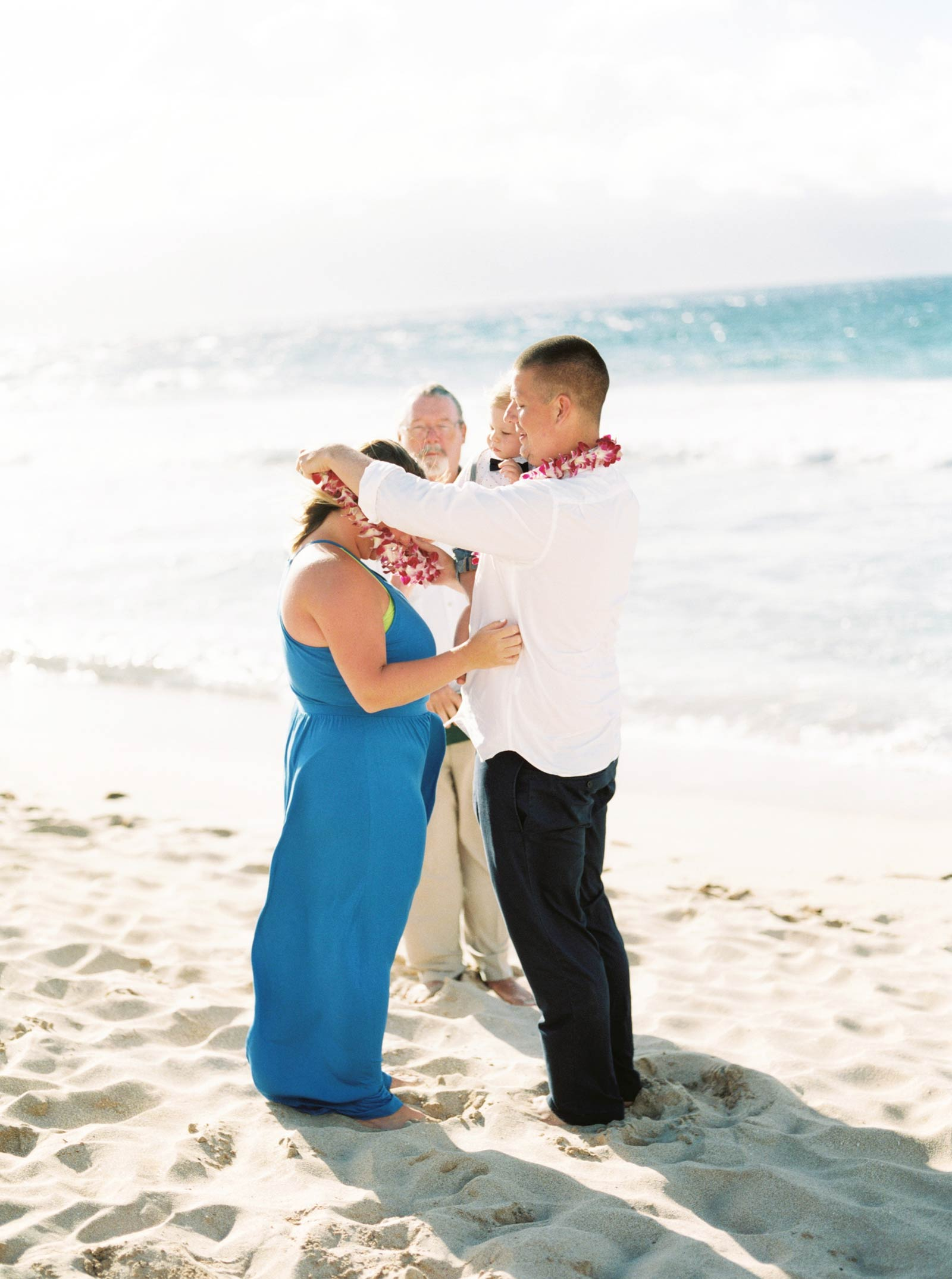 Maui-vow-renewal-family-photos-014.jpg