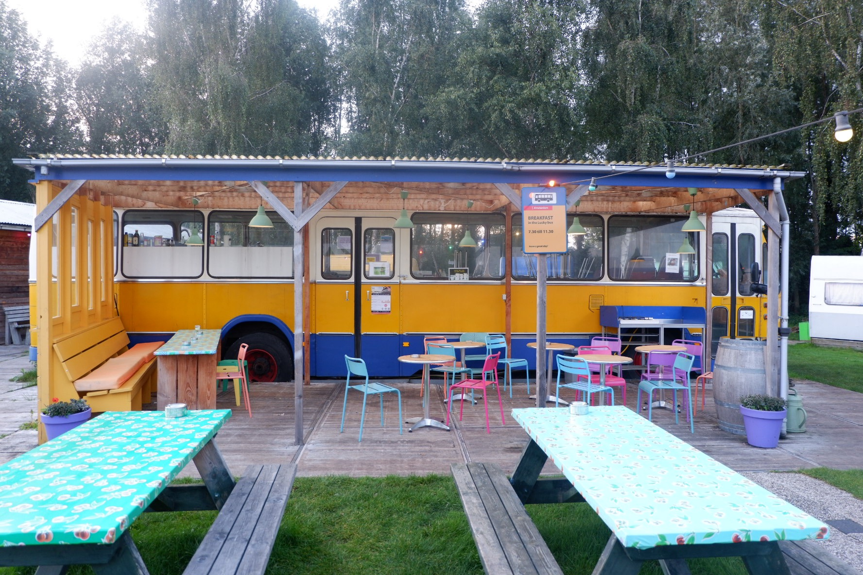 You Me Travel_Lucky Lake Hostel