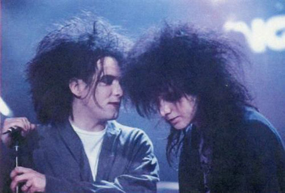 the-cure-oyster-mag.jpg