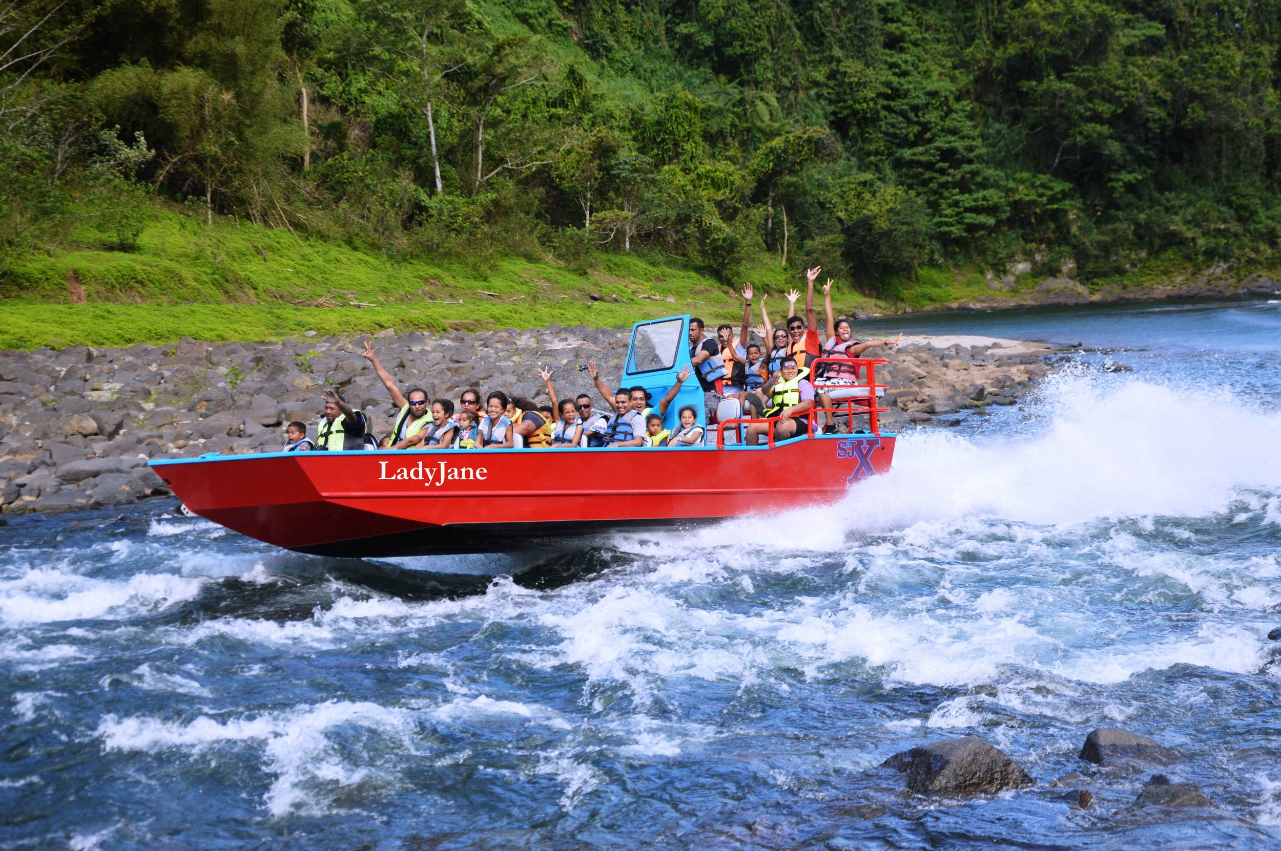 Jet boating.jpg