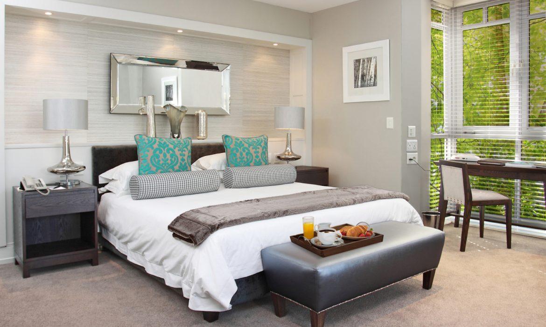 Fancourt_Luxury_room_overlooking_warm_up_area-1170x700.jpg