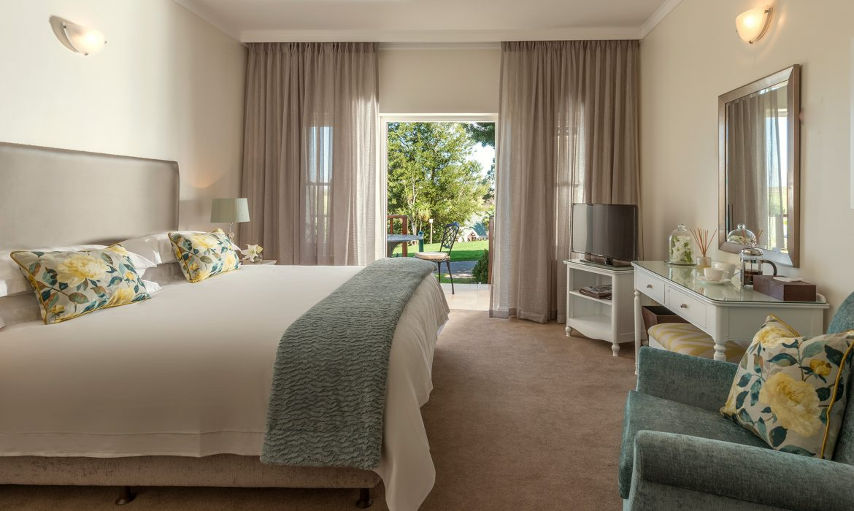 Fancourt One_bedroom_suite_300_avenue1-1170x700.jpg
