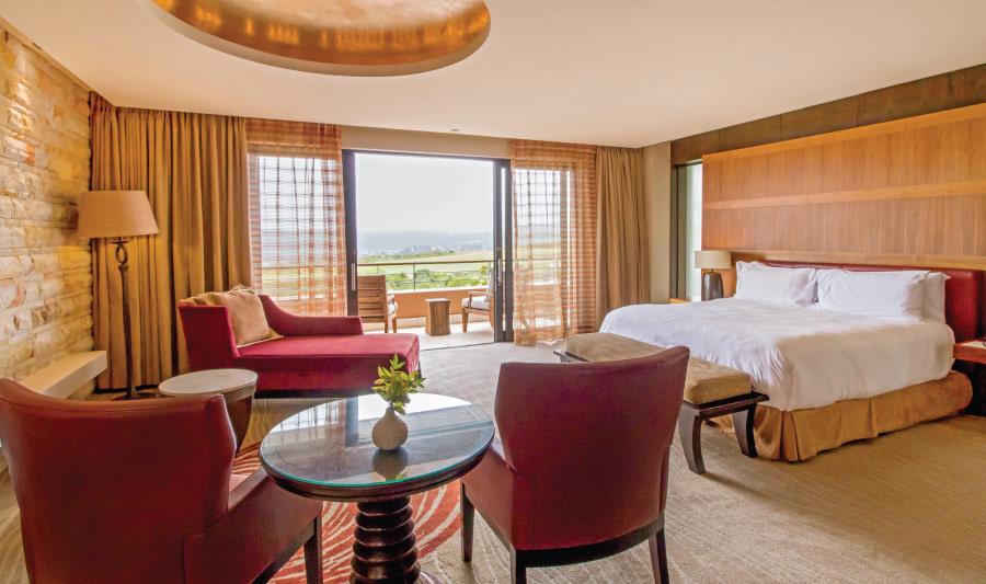 pezula-hotel-superior-suite-bedroom-1.jpg