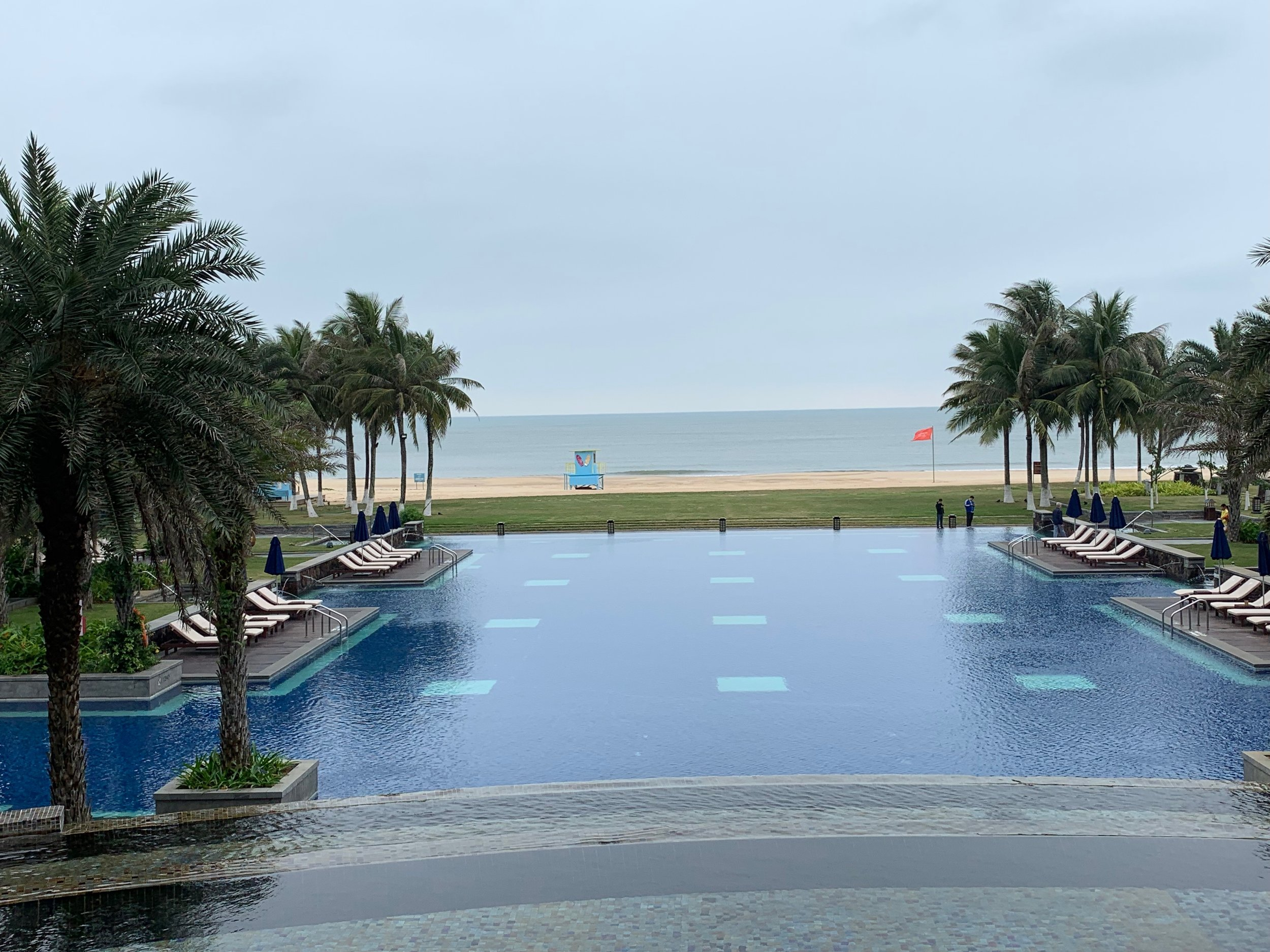 On The Tee Sheraton Hainan 200.JPG