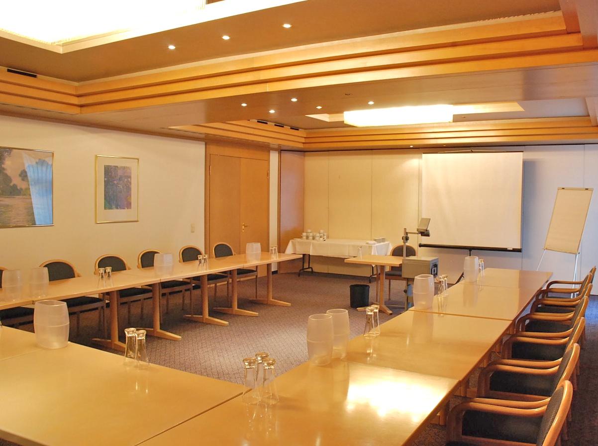 Konferenz R1 1.jpg