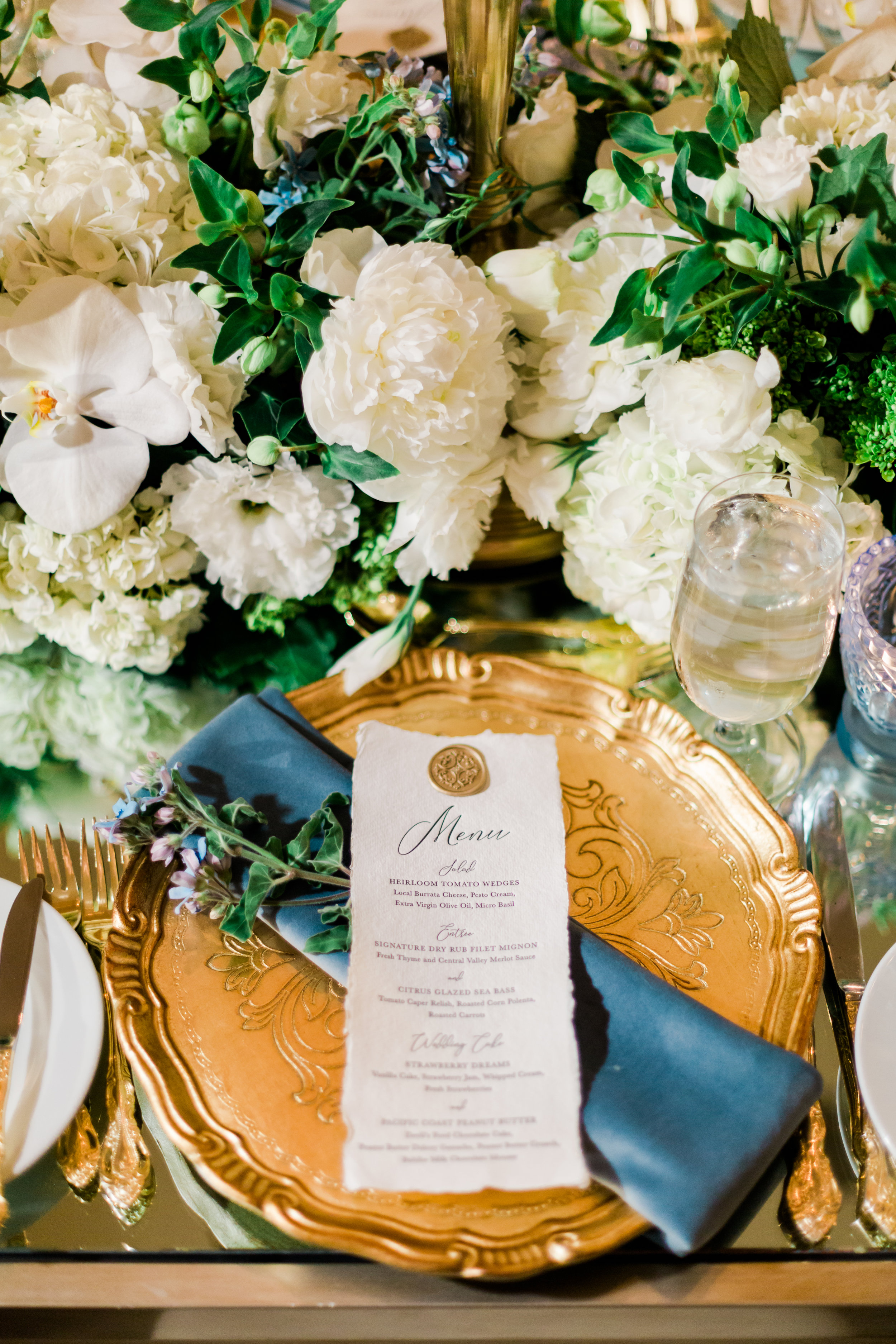 Modern Luxury Weddings: Lindsey + Wes