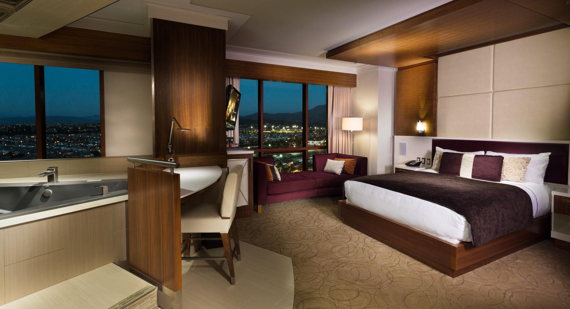 Hotel Room Resort Casino Photography Rimrock Creative Media Jacuzzi Suite Pechanga.jpg