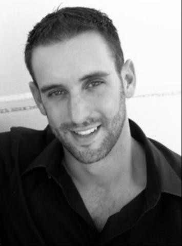 Matthew Hanes, Bass
