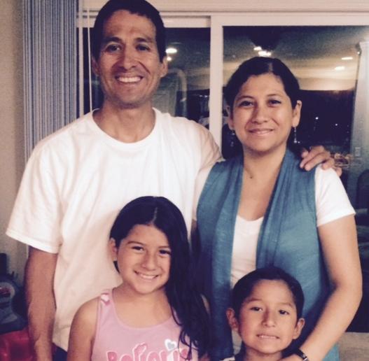 Daniel and Belinda Chirinos with their children
