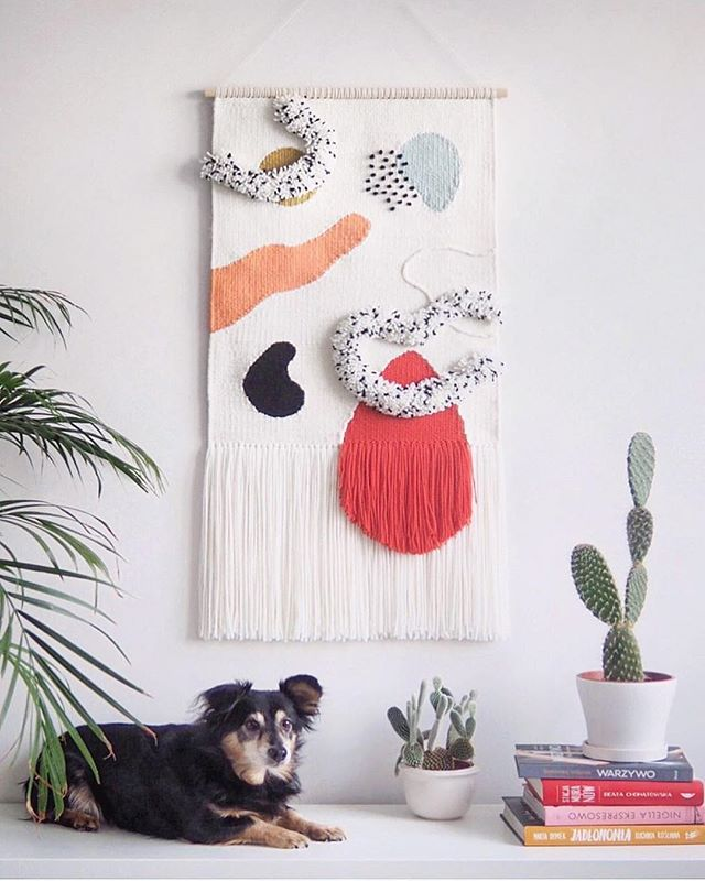 So many happy things in one photo😍 The beautiful doggo, the bunny ear cactus and of course the beautiful weaving made my @twill_hill