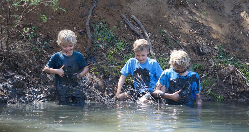 boys-in-the-mud.jpg