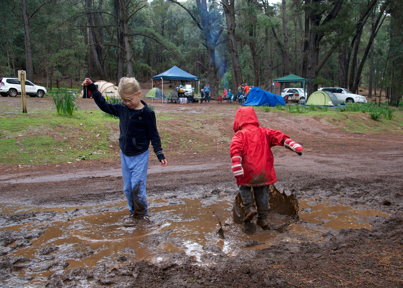 boys-and-girls-playing-in-mud.jpg