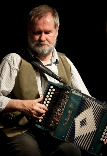 Photo of Jackie Daly courtesy of Catskills Irish Arts Week