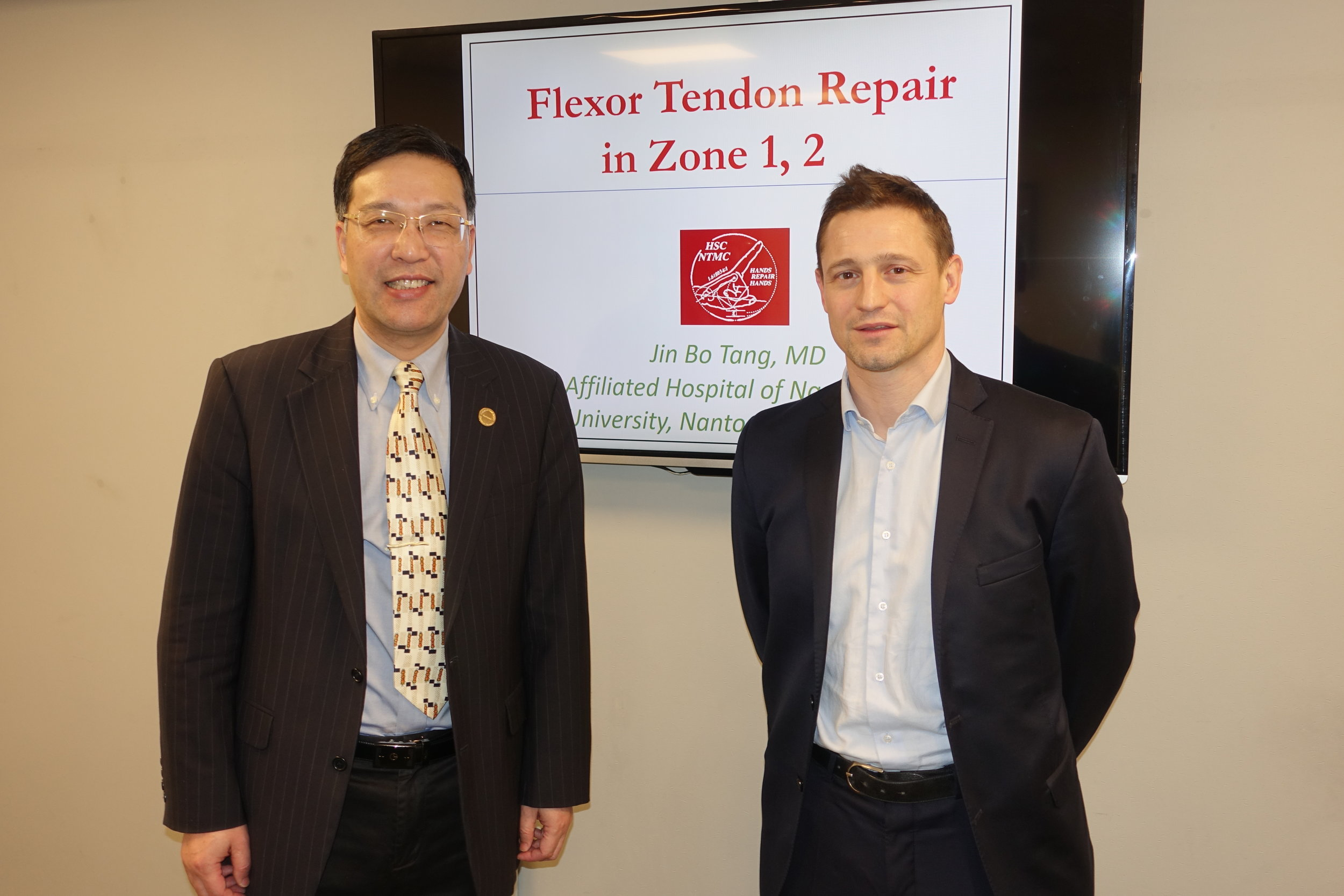 Professor Jin Bo Tang and Mr Thomas Giesen