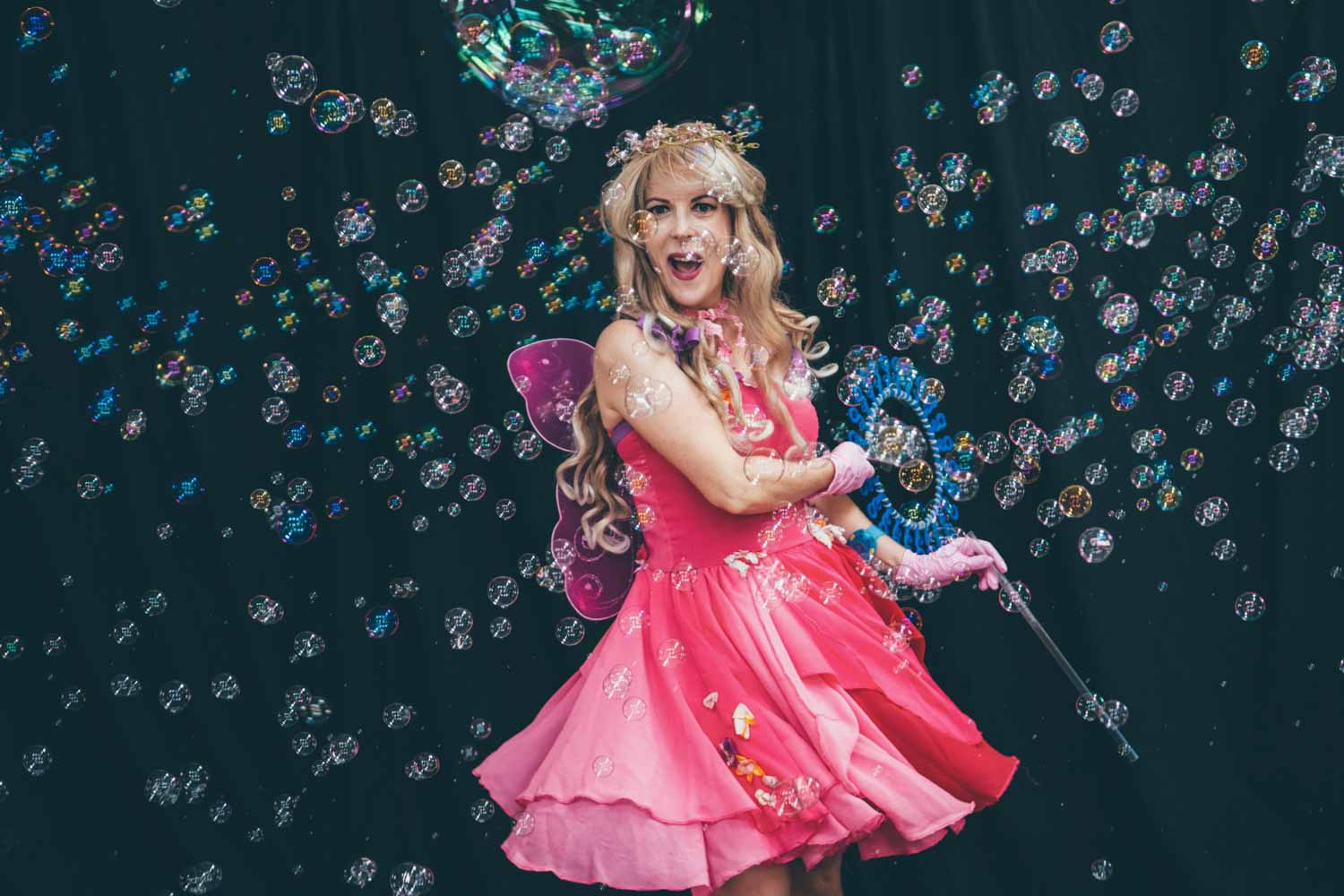 All the kids were entertained by this amazing bubble fairy with her repertoire of bubble tricks for Mahill's birthday party celebration.