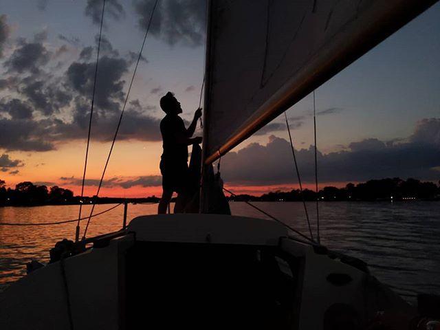 Those colors . . . #sunset #sailing #goldenhour