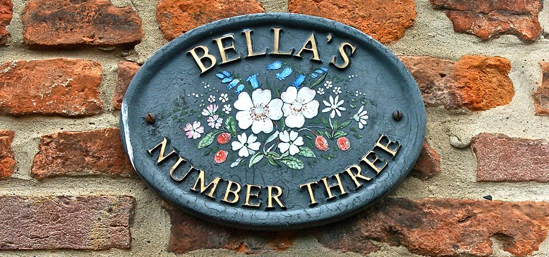 Bellas_Header.jpg