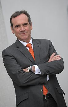 220px-Gonzalo_Garland,_Economy_Professor_at_IE_Business_School.jpg