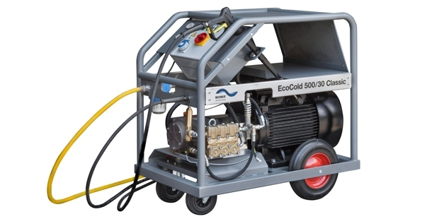 EcoCold 500/30 Classic  The compact and mobile EcoCold 500/30 Classic removes dirt from the smallest corners. The high-pressure water unit has been specifically developed by WOMA for use in professional high-pressure cleaning. It provides pressure up to 500 bar (X) and a capacity of up to 30 l / min,(X) as well as many opportunities to work efficiently and safely.