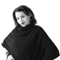 ROBYN COSIO | Brow Specialist + Makeup Artist