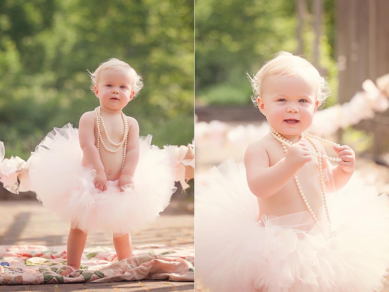first-birthday-photos-outdoors.jpg