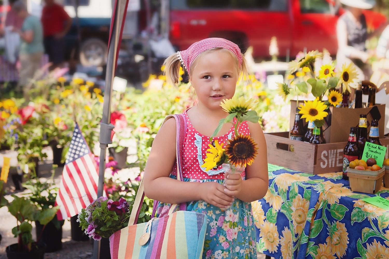 farmers-market-childrens-portrait-session.jpg