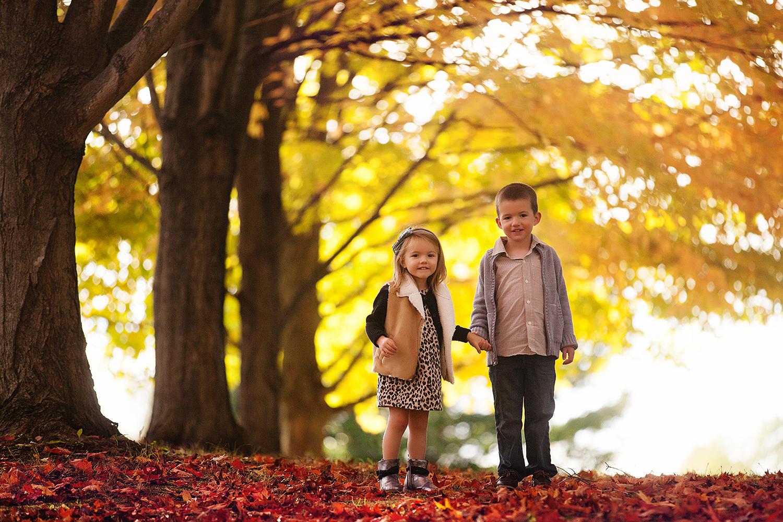 outdoor-fall-portraits-in-northeast-ohio.jpg