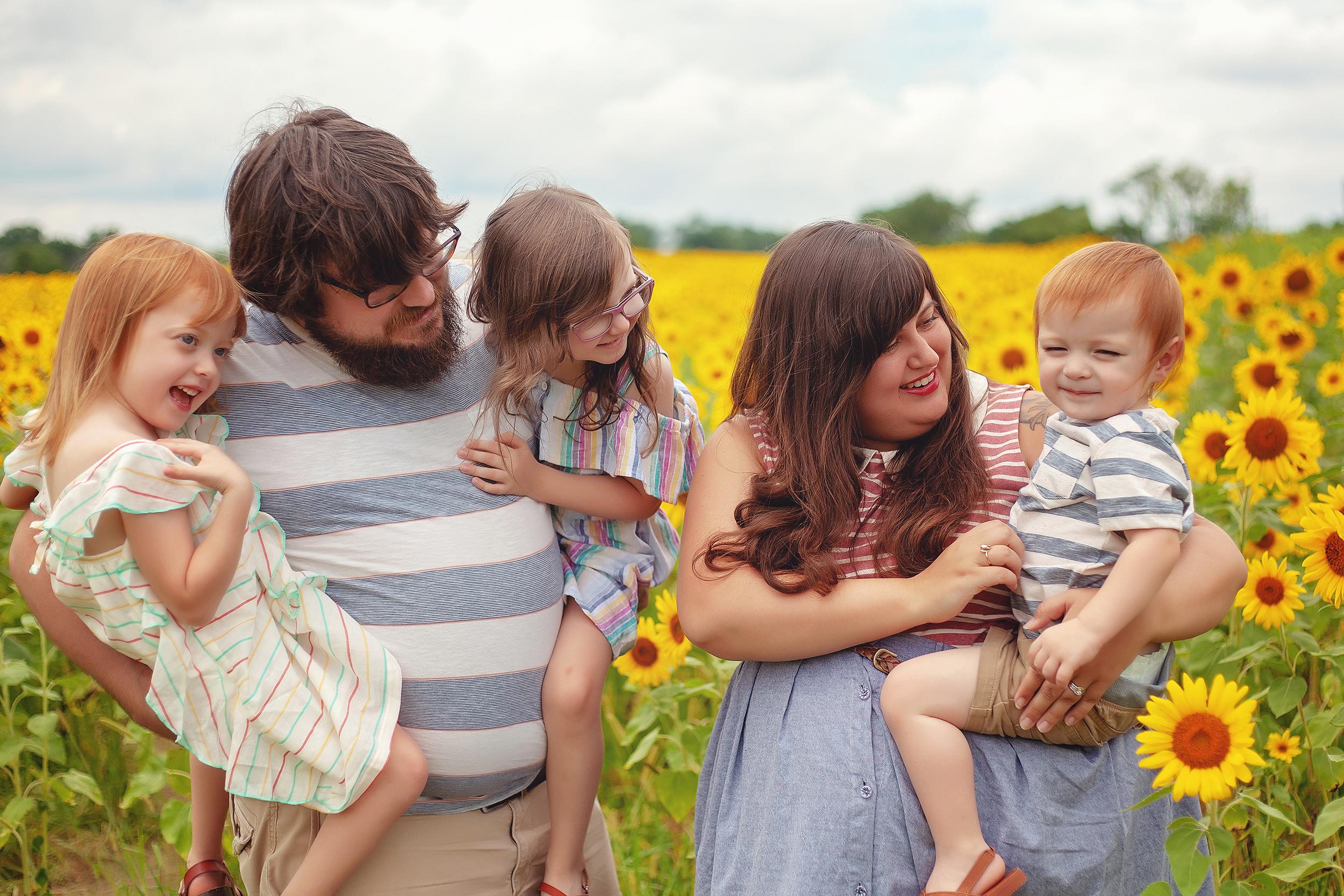 cleveland-akron-ohio-family-photographer.jpg