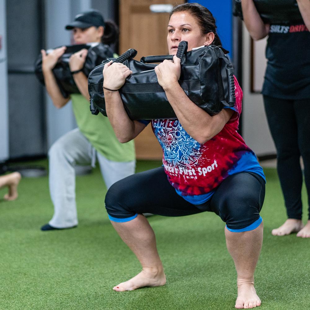 total body workout - lower - jeanette t usb squat 1x1.JPG