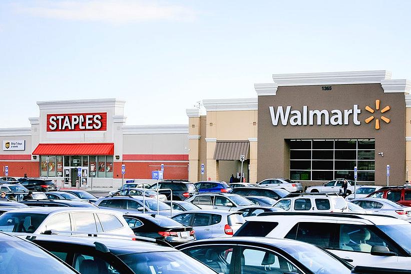 Staples+and+Walmart.jpg