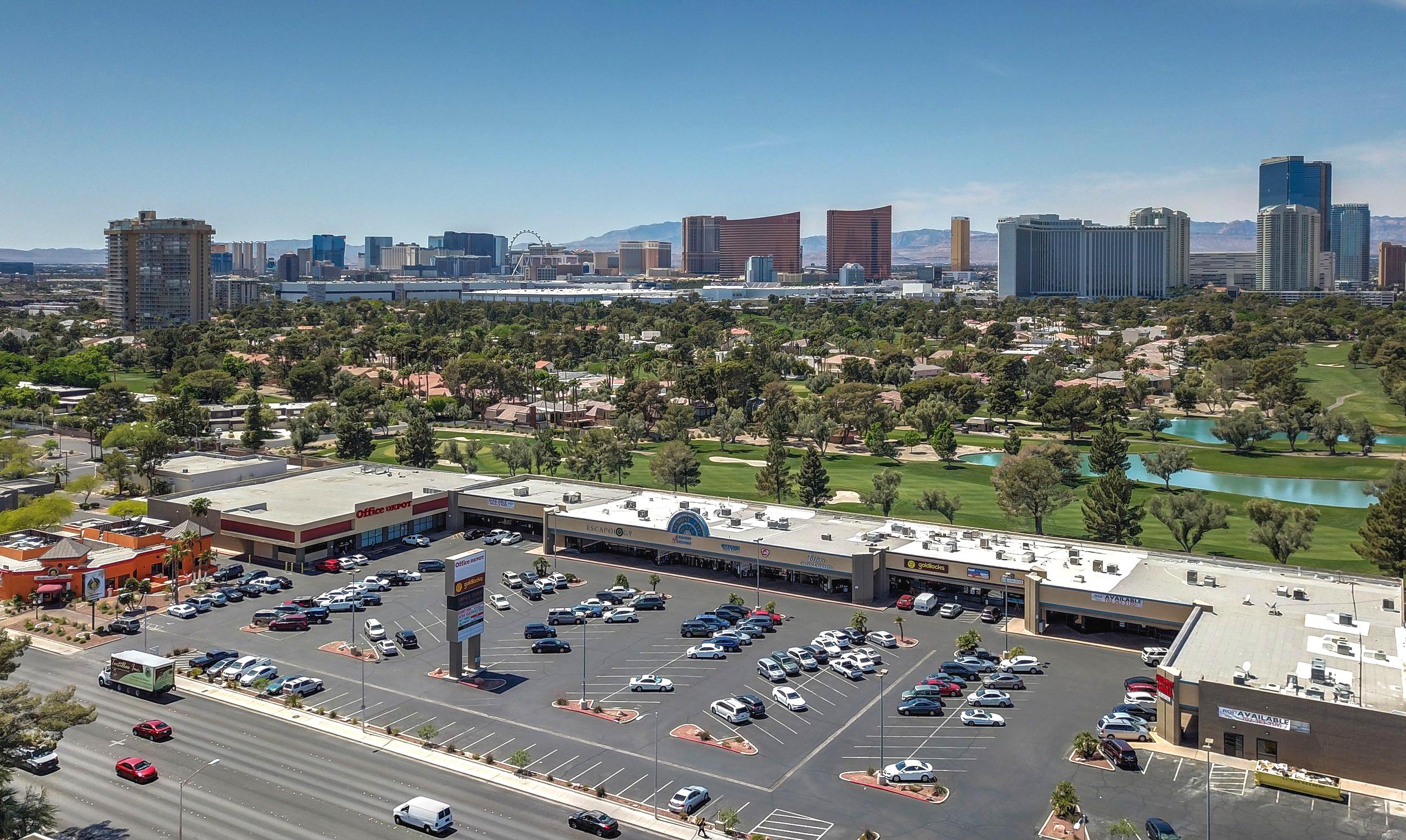 Sunrise City Plaza-28-cropped.jpg