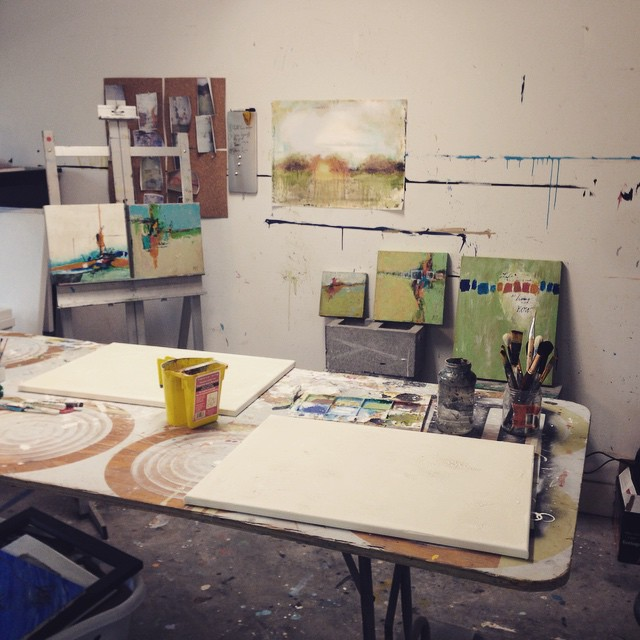 Setting up for a private art lesson! I can't wait to get a space outside my garage to really make these possible