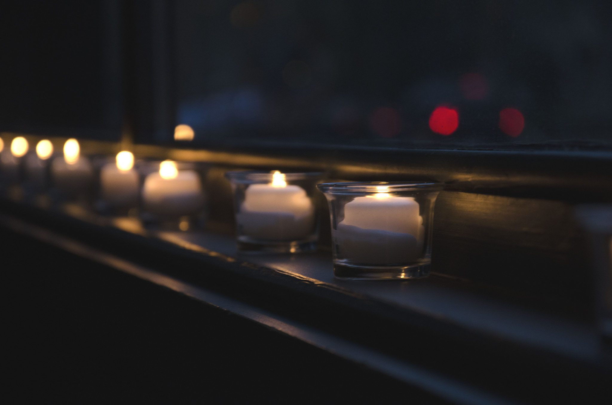 CANDLE-LIT CHRISTMAS EVE SERVICe -