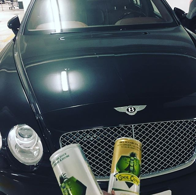 CLASS! . . . . . . . #coolcanejuice #coolcane #sports #bently #flyingspur #natural #glutenfree #sportsdrink #athlete #noaddedsugar #nopreservative #healthy #lifstyle #instagood #lowgi #gmofree #naturalenergy #hydration #elegant #customerpic #notmycar #sugarcaneandginger #100%natural GET YOURS TODAY coolcane.ca