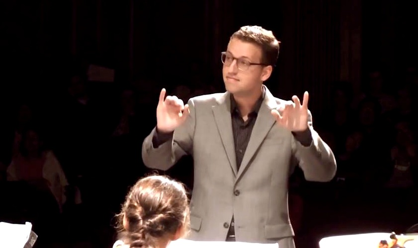 DNC conducting2.jpg
