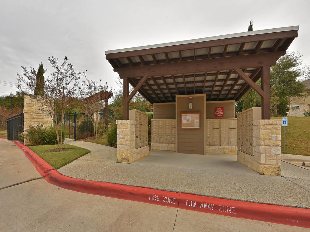 3101 Davis Ln Unit 5302-MLS_Size-002-32-Amenities 002-1024x768-72dpi.jpg