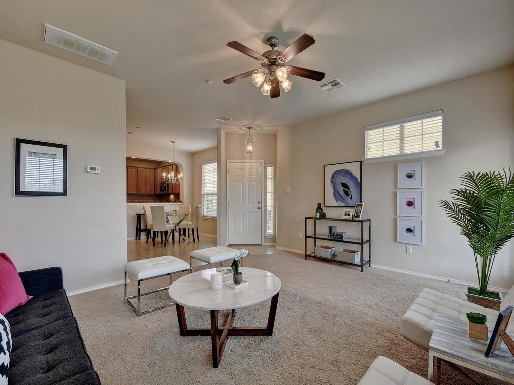 3101 Davis Ln Unit 5302-MLS_Size-011-33-Family 005-1024x768-72dpi.jpg