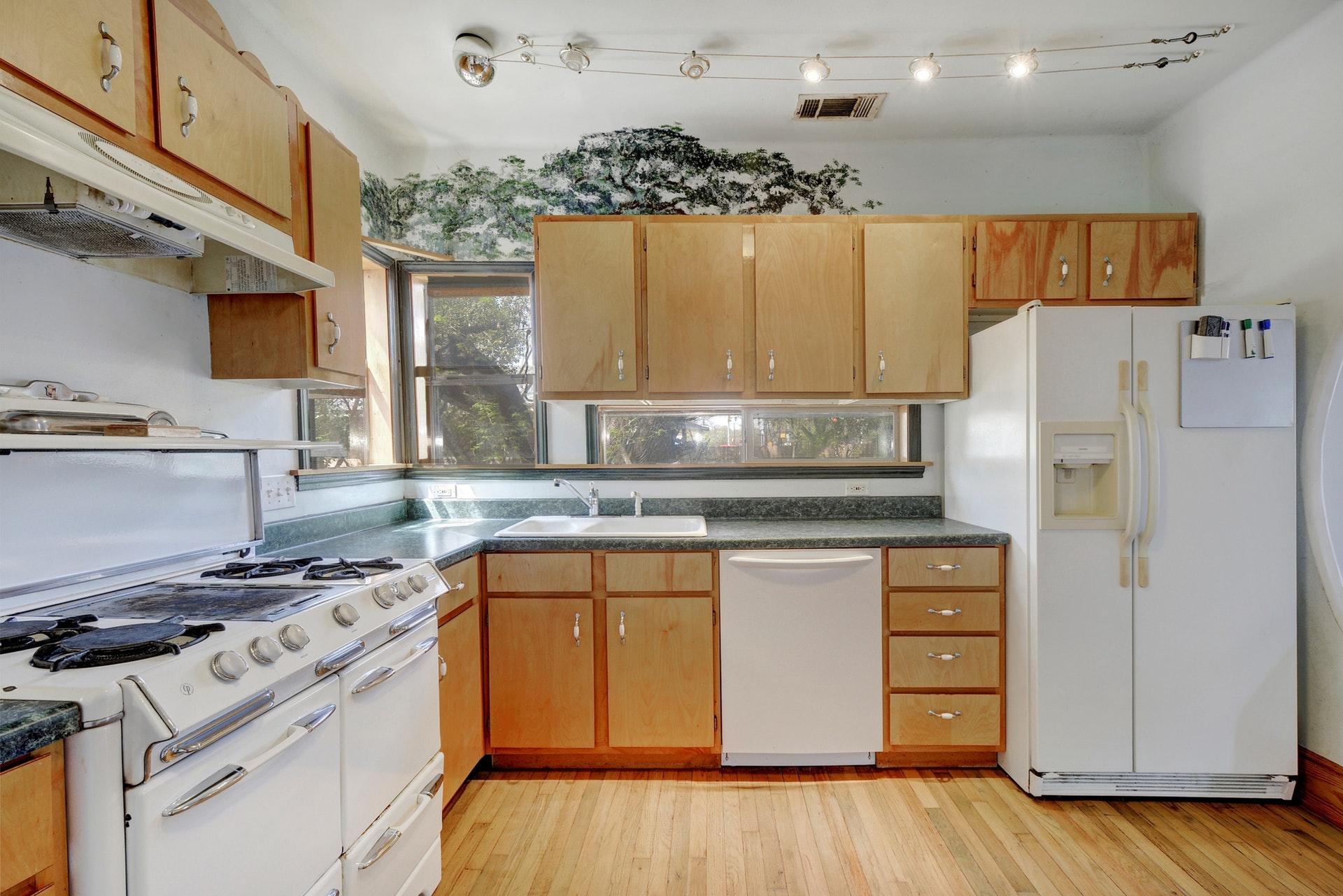 012-264873-Family Kitchen Dining010_6118495.jpg