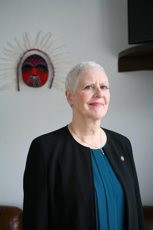 Louise Stutes, Representative, District 32
