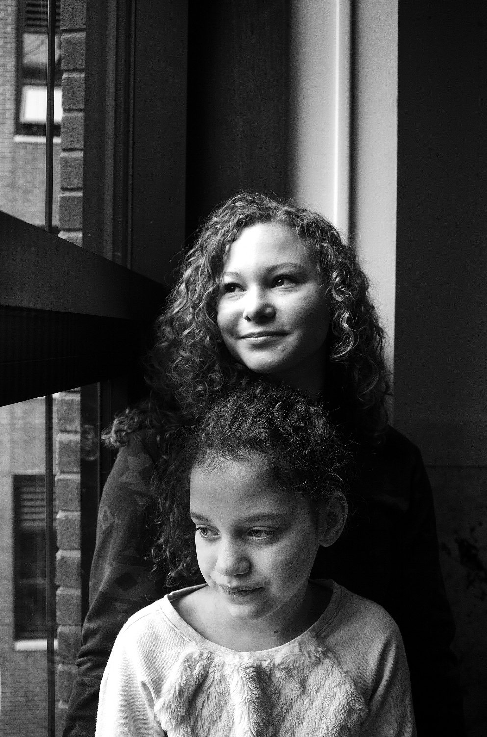 Arian and Laney Benavides, Guest Pages and daughters of Richard Benavides, Legislative Aide