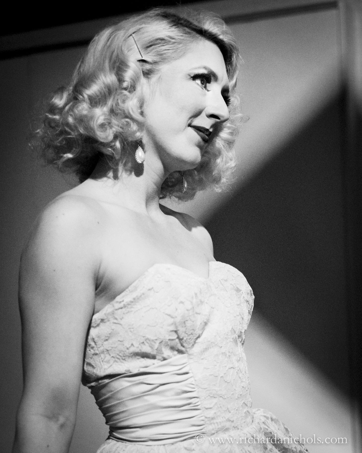 Lola Van Ella waiting to go on stage at Jazz at the Bistro