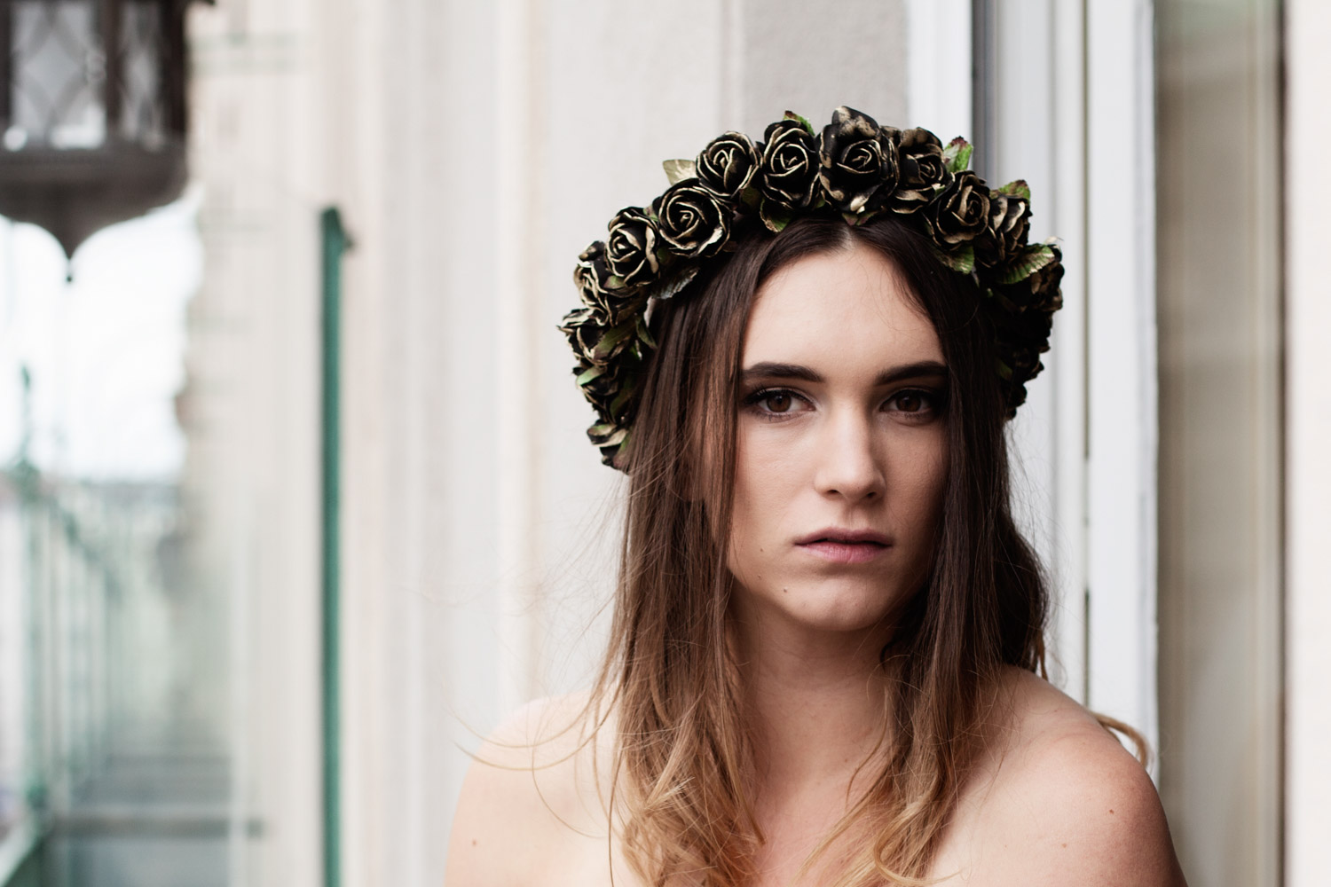 We-Are-Flowergirls_Flowercrown_Golden-Collection_Lookbook_by_Victoria-Herbig_07_WEB.jpg