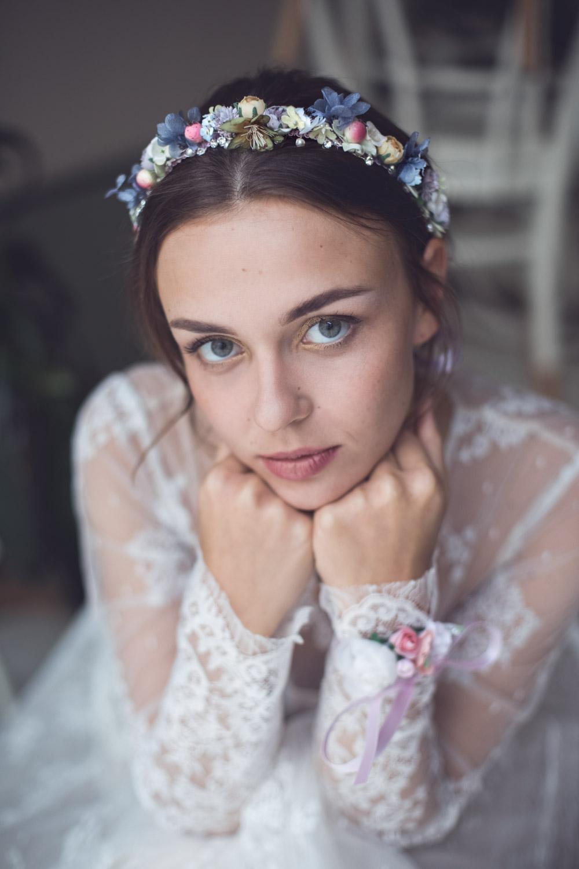 We-Are-Flowergirls_Wedding-Shooting_Headpiece_Isla_2.jpg