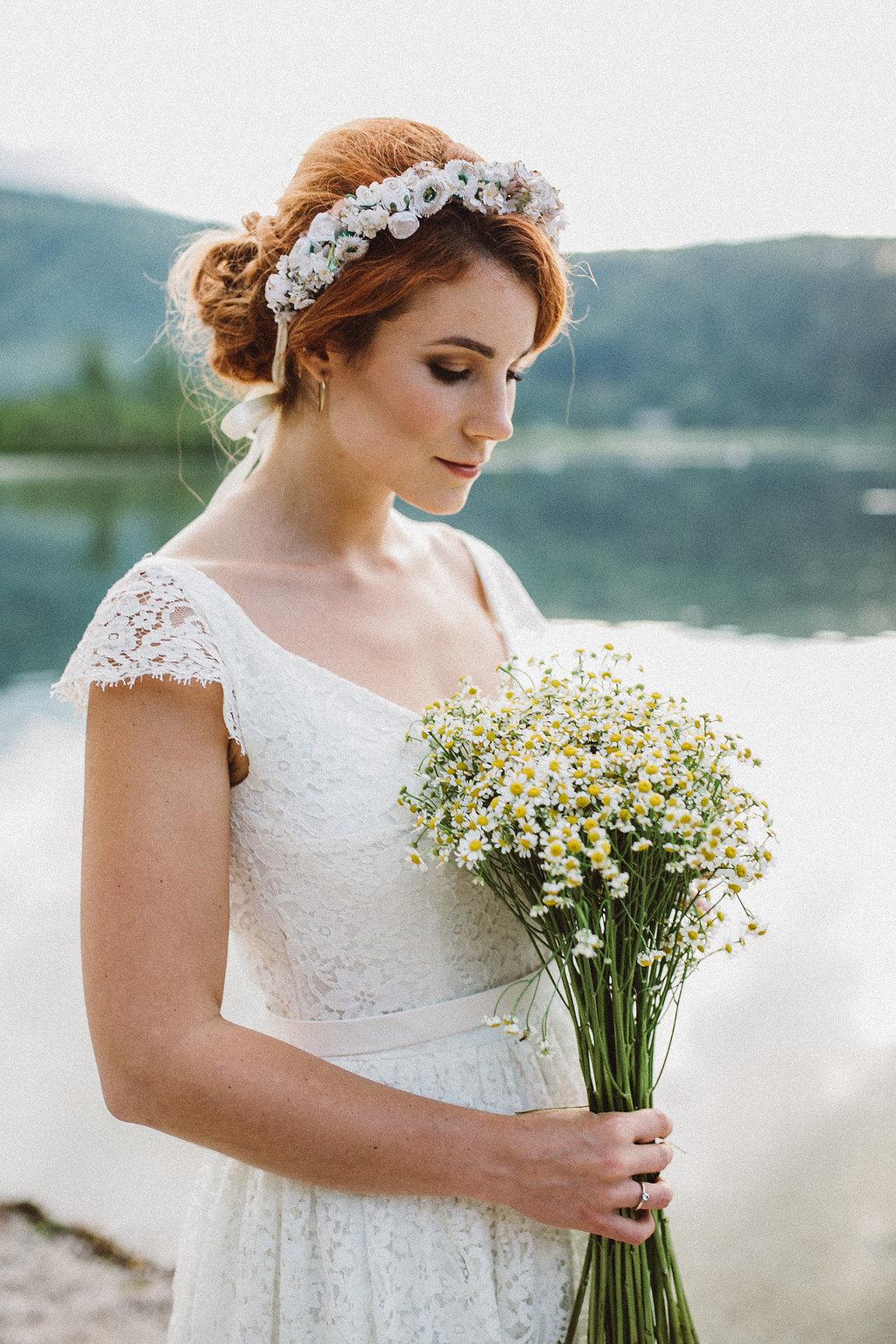 weareflowergirls-flowercrown-wedding-bride-blumenkranz-hochzeit.jpg