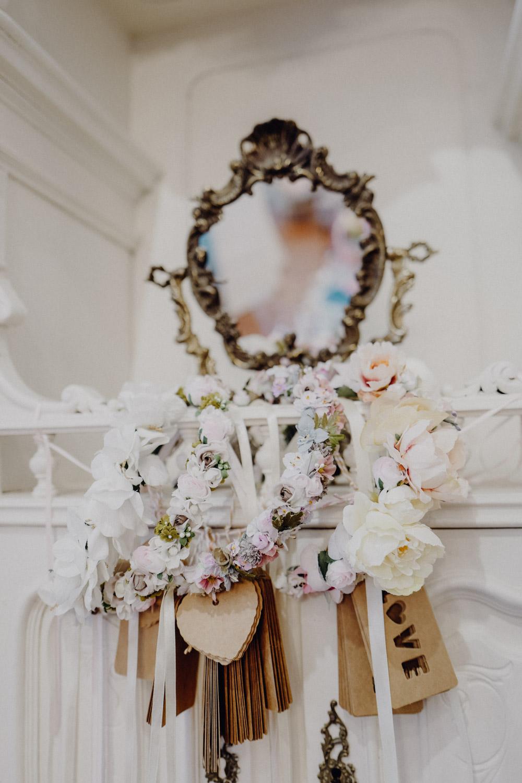 WeAreFlowergirls-Blumenkranz-Flowercrown-Hochzeit-Wedding-Flowers-BlumenL1340772.jpg