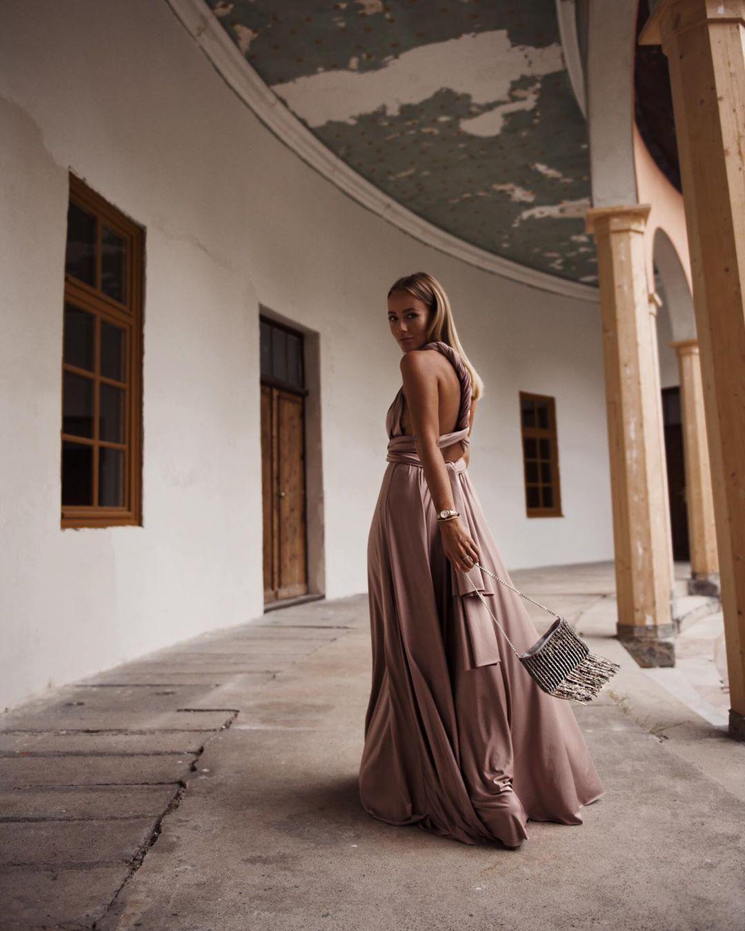 CHRISTINABILUCA_bride_Veronique2.jpg