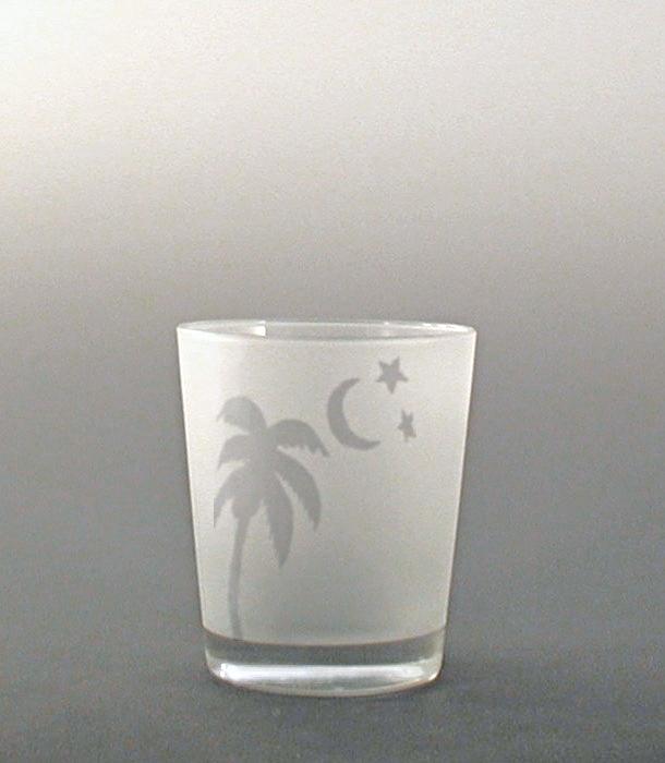 Palm DOF.JPG